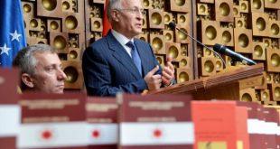 Jakup Krasniqi e promovon librin ''Skënderbeu dhe porositë për shekullin XXI''