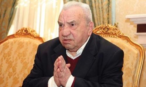 Historiani, Kristo Frashëri rrëzoi me argumente të gjitha hipotezat sharlatane të sllavistit Schmidt lidhur me Skënderbeun I