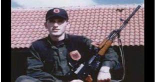 Në Kompleksin e Dëshmorëve në Gllogjan sot nderohet eprori i UÇK-së Selman Kuçi