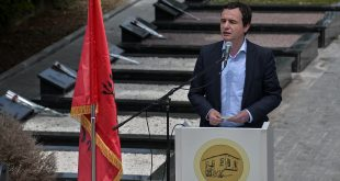 Kurti: Pema e lirisë së Kosovës është mbjellur nga rezistencat dhe kryengritjet e popullit tonë përgjatë gjithë shekullit XX