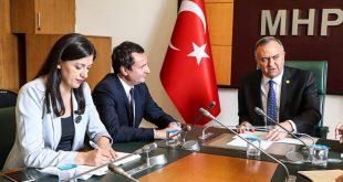 Albin Kurti kërkon ndihmën e Turqisë për njohjen e Kosovës nga pesë vendet e Bashkimit Evropian