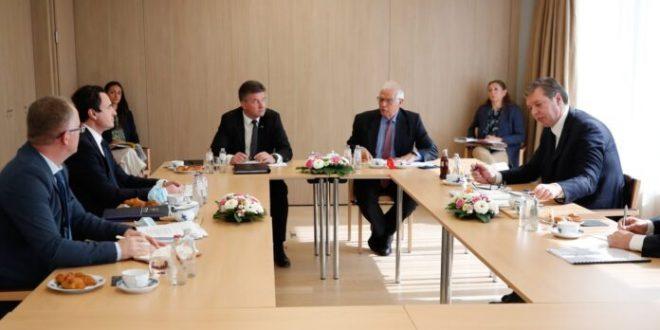 Kryeministri Kurti udhëton sot në Bruksel për t'u takuar kryetarin serb, Aleksandër Vuçiq në kuadër të dialogut