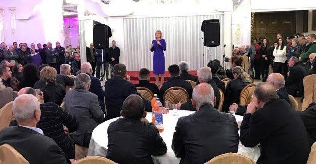 Kandidatja e Alternativës për kryetare të Gjakovës Mimoza Kusari-Lila: Të mos i kthehemi pas rrugës së zhvillimit të Gjakovës