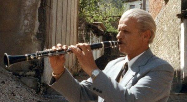 Vasil Nasi: Laver Bariu, personalitet i shquar i muzikës popullore shqiptare, muziktar me gërnetë dhe këngëtar