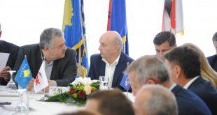 Pas mandatimit të Albin Kurtit për kryeministër nga kryetari Thaçi, LDK nesër e mbledh Kryesinë e partisë