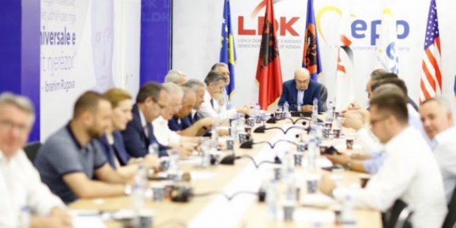 Sot mblidhet kryesia e dorëhequr e Lidhjes Demokratike të Kosovës