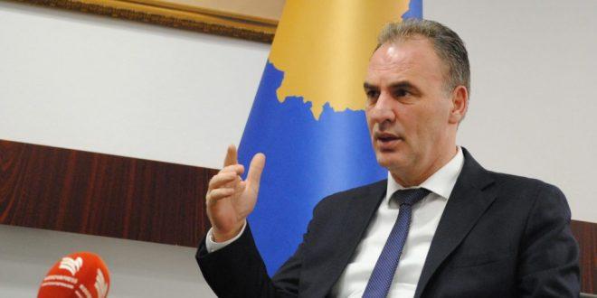 Zëvendëskryeministri Limaj, thotë se taksa ndaj Serbisë hiqet atëherë kur të pushojnë arsyet e vendosjes se saj