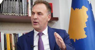 Kryetari i Nisma-s, Fatmir Limaj, thotë se nuk ka ndonjë problem serioz në koalicionin aktual qeverisës