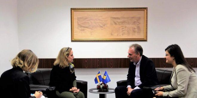 Zëvendëskryeministri Limaj: Dialogu me Serbinë në fund të kulmojë me njohje reciproke në mes dy vendeve