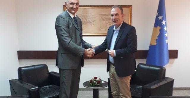 Limaj ka konfirmuar përkushtimin e Qeverisë së Kosovës për përmirësimin e pozitës së komunitetit malazez