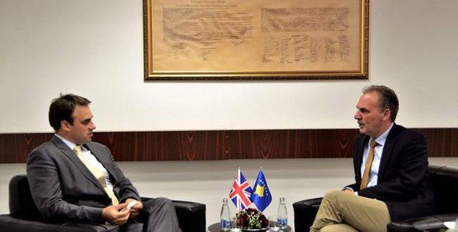 Britania e Madhe ofron mbështetje të plotë për arritjen e marrëveshjes përfundimtare Kosovë - Serbi