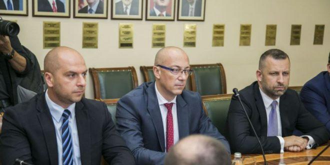 Partia Liberale Serbe ka akuzuar Listën Serbe për kërcënim me eliminim fizik të anëtarëve të kësaj partie