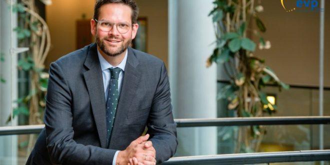 Eurodeputeti austriak Lukas Mandl, emërohet shef i misionit vëzhgues të Bashkimit Evropian për zgjedhjet lokale