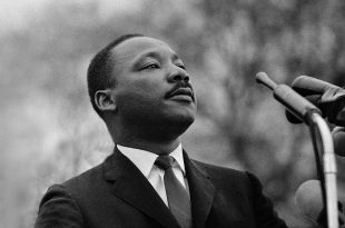 Martin Luther King: Duhet të mësojmë të jetojmë së bashku si njerëz, ose të vdesim të gjithë si budallenj