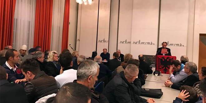 Bashkatdhetarë që jetojnë në Zvicës u tubuan në Ostermundigen për ta nderuar jetën e veprën e Astrit Deharit