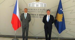Ministri Mehaj priti në takim ambasadorin e Çekisë në Kosovë, Pavel Bílek