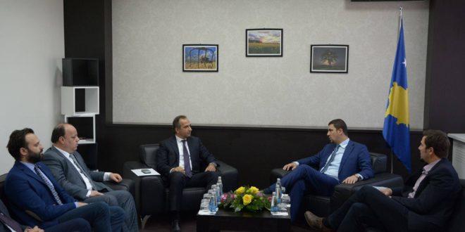 Memli Krasniqi ka pritur në një takim drejtuesit e Odes Tregtare Kosovë-Turqi