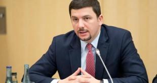 Memli Krasniqi: Pa asnjë bazë po spekulohet për ndarje të Kosovës, për shkëmbime të territoreve me Serbinë