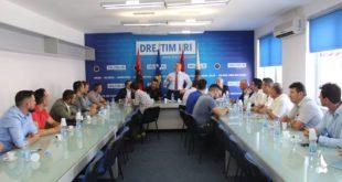 Shumë bashkëkombës kanë vizituar selinë qendrore të AAK-së, në Prishtinë