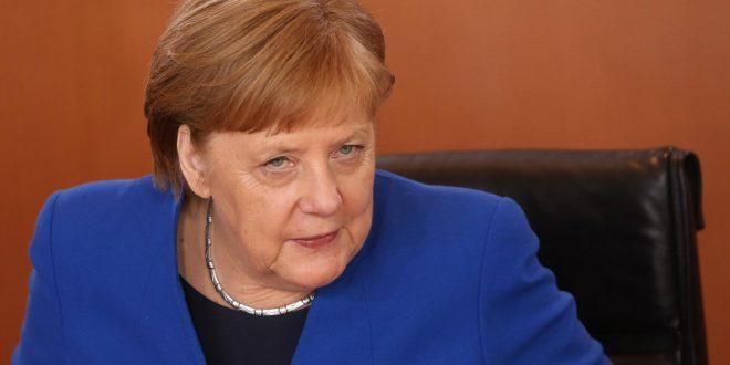 Angela Merkel u bënë thirrje evropianëve të shtunën të refuzojnë me votë nacionalizmin në zgjedhjet e BE-së