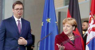 Merkel i thotë Vuçiqit: Çështja Kosovës është e mbyllur ajo është një shtet i pavarur