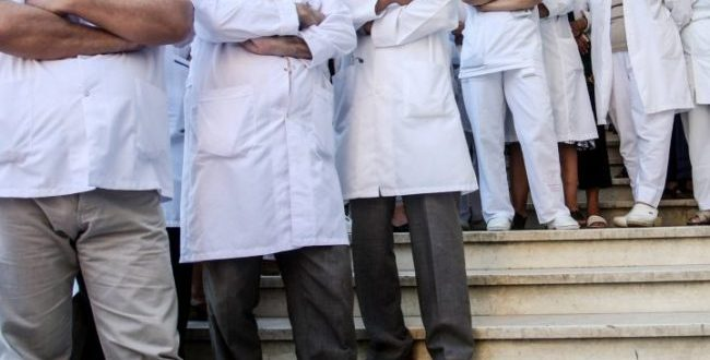 Kirurgët e QKUK-së kanë hequr dorë nga greva si formë e shprehjes së tyre të pakënaqësisë për mosrritjen e pagave