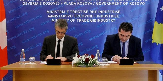 Ministri i Tregtisë dhe Industrisë, Bajram Hasani, nënshkroi marrëveshjen për përkrahjen e bizneseve