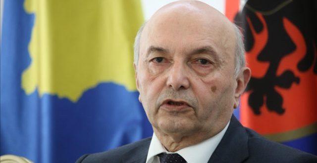 Isa Mustafa thotë se para se të takohemi me Vuçiqin nevojitet të takohemi edhe një herë mes veti