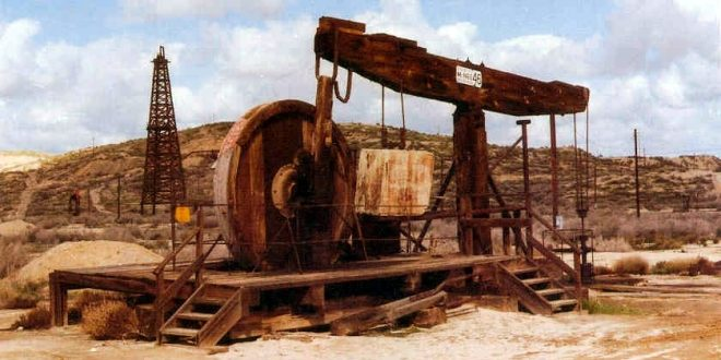 Ta presim me nderim e dinjitet 100-vjetorin e nxjerrjes nga nëntoka të litrave të para të naftës shqiptare