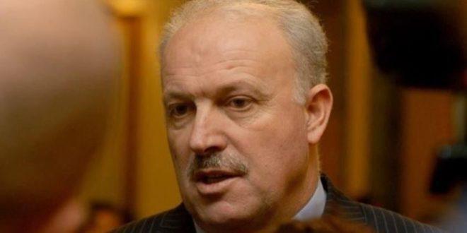 Naim Maloku edhe pse me probleme shëndetësore do t' i përgjigjet Gjykatës Speciale, madje pa avokat