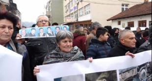 """Në Gjakovë mbahet Akademi përkujtimore """"Dy dekada ankth e pritje – zbardhja e fatit të pagjeturve"""""""