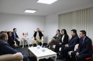 Krerët e Nismës për Kosovën priten në takim kryetarin e Lëvizjes BESA, Bilall Kasami me bashkëpunëtorë
