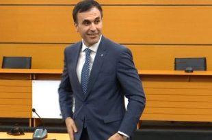 Prokurori i ri i Përgjithshëm i Shqipërisë, Olsian Çela u prezantua sot si drejtuesi i ri i organit të akuzës