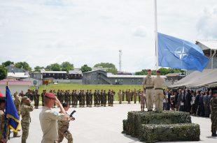 Komandanti i KFOR-it Lorenzo D'Addario thotë se NATO në Kosovë është e përkushtur për të krijuar siguri