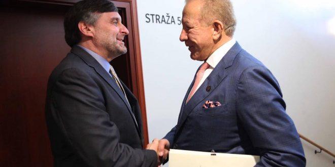 Ministri i Jashtëm Behxhet Pacolli, takon dërguarin e posaçëm amerikan për Ballkanin Perëndimor, Matthew Palmer