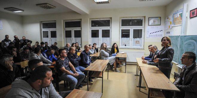 Kandidatja për deputete nga PSD, Shqipe Pantina premton ngritjen e cilësinë në arsimdhe shtimin e çerdheve