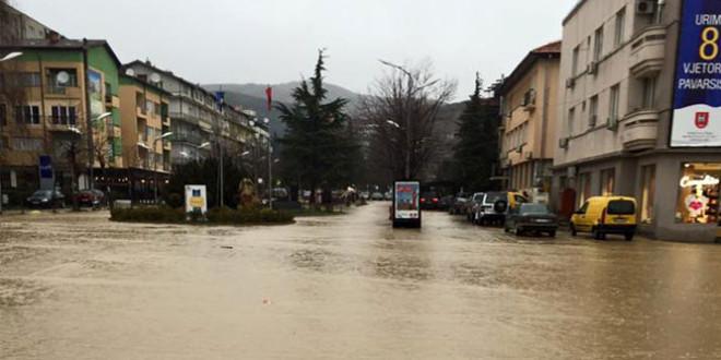 Përmbytje në Pejë nga vërshimet