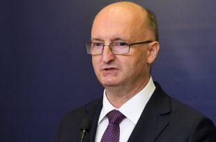 Piotr Wawrzyk: PE-ja mori një qëndrim për vendimin e Gjykatës Kushtetuese polake, duke tejkaluar kompetencat e veta