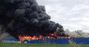 Fabrika e këpucëve 'Geris' kaplohet nga zjarri