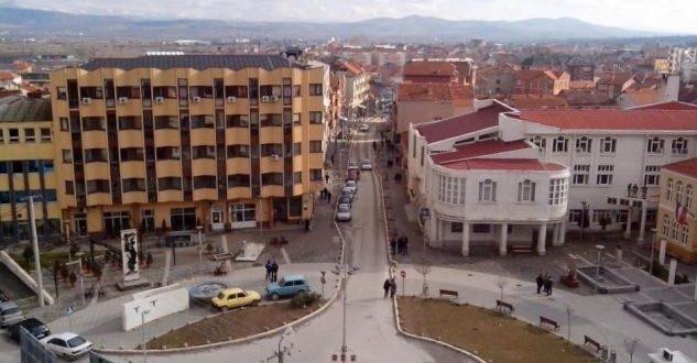 Shqiptarët e Kosovës Lindore kërkojnë që t'i gëzojnë të njëjtat të drejta, sikurse edhe serbët në Kosovë