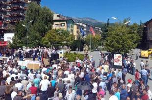 Protesta në Pejë: Kosova do të humb rreth 12 mijë hektarë tokë me ratifikimin e kësaj marrëveshjeje