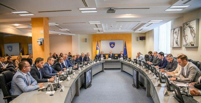 Nga sot bizneset kosovare janë të liruara nga të gjitha interesat që i kanë paguar deri më tani