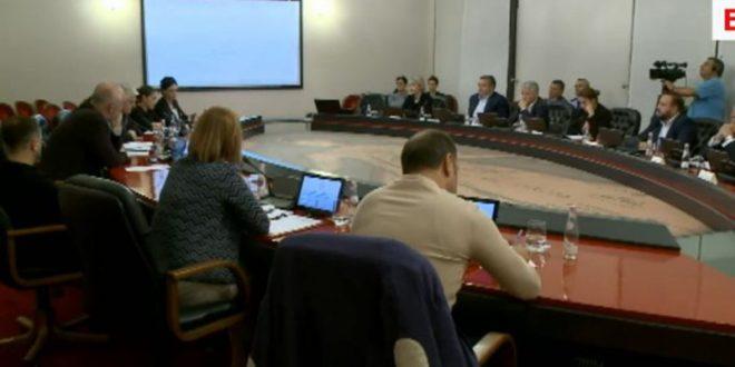Kryeministri shqiptar, Edi Rama pas tërmeteve të ndodhura në vend thotë do të jemi me kapacitet të plotë
