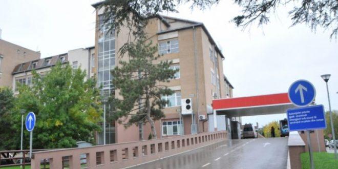 2000 punëtorë teknikë të spitaleve në gjithë vendin nga sot hyjnë në grevë për shkak të mos realizimit të kërkesave të tyre