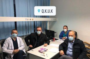 Pas takimit me drejtorin e ShSKUK-së, infermierët suspendojnë grevën, shpresojnë në realizimin e kërkesave të tyre