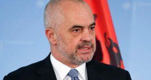 Kryeministri i Shqipërisë Edi Rama në ditën e 28 Nëntorit ka përkujtuar Legjendarin e UÇK-së, Adem Shaban Jashari