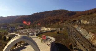 Disa medie dhe jugo-portale në Kosovë, përpiqen ta poshtërojnë Sherife Sylën, nënën e dëshmorit, Kadri Syla