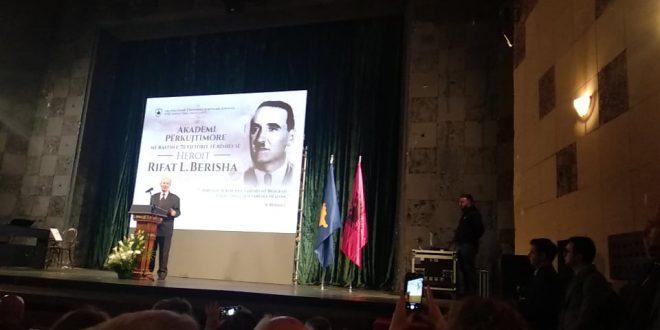 Më një Akademi përkujtimore është kujtuar atdhetari Rifat Berisha dhe bashkëluftëtarët e tij në 70 vjetorin e rënies