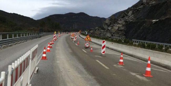Ministria e Infrastrukturës bënë të ditur se nesër ndërprehet qarkullimi në rrugën Prishtinë-Ferizaj për shkak të punimeve