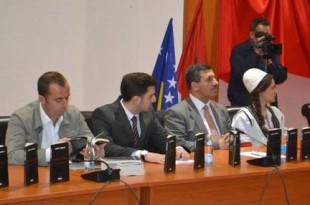 Prof. dr. Nusret Pllana - Dëshmitë historike për një luftë çlirimtare